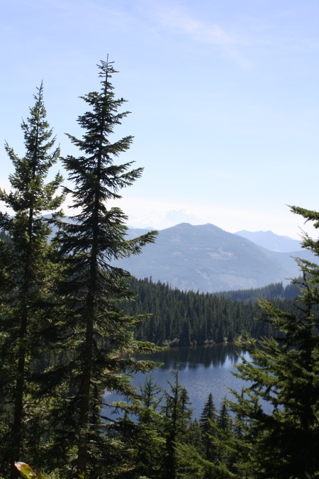 Olallie Lake, Mount Baker - Snoqualmie National Forest, WA